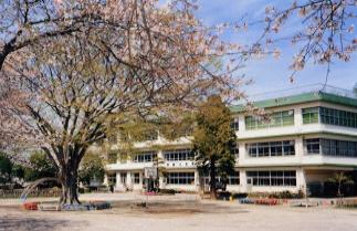 阿蘇小学校の校舎