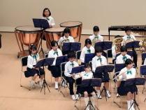 小中学校音楽会 左側の演奏