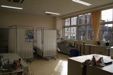 写真:保健室2