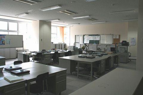 写真:職員室3