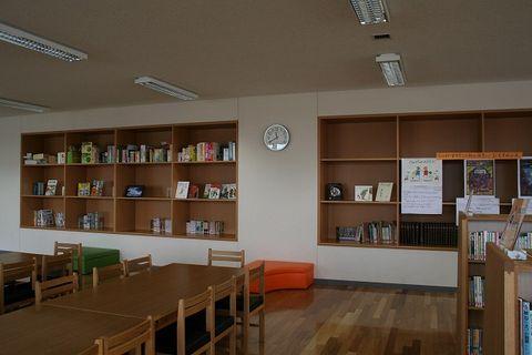 写真:図書室1