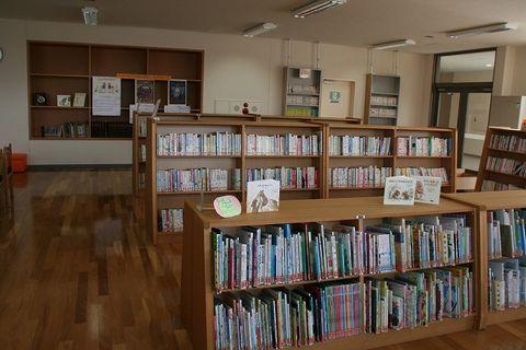 写真:図書室5