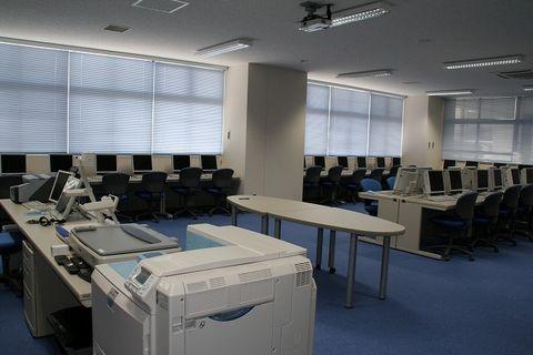 写真:パソコン室1