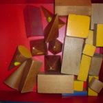 算数資料 いろいろな形の積み木