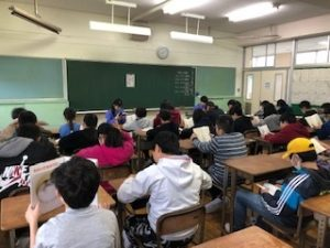 中学校一日体験 村上東小3,4組(^^)/