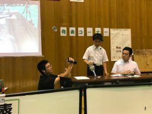発表コーナーでは,我が校の生徒が,科学工夫作品の発表を行っていました。大勢の人の前で緊張しましたね。
