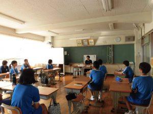 リーダーは先生から心構えについての話を聴きました。