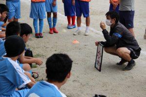 連休中にサッカー部の新人戦が行われました。
