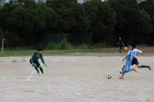 東高津中との対戦で,4対1で勝利!26日の準決勝につながりました。